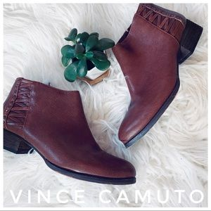 VINCE CAMUTO Canteen Ankle Boot